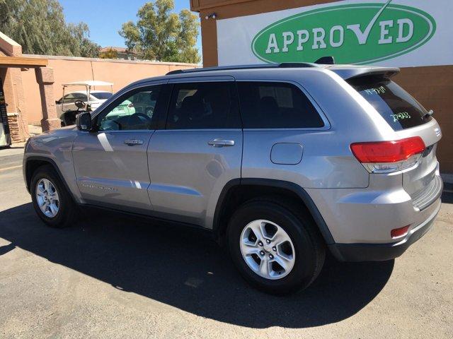 2014 Jeep Grand Cherokee RWD 4dr Laredo - Image 13