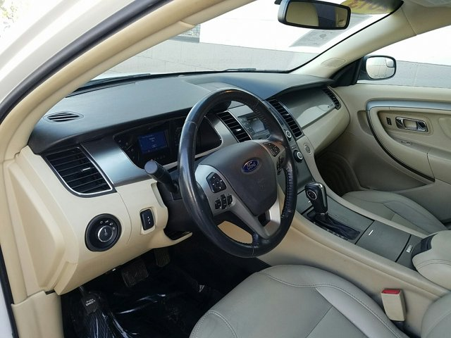2013 Ford Taurus 4dr Sdn SEL FWD - Image 4