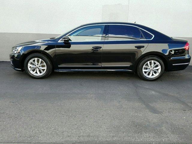 2016 Volkswagen Passat 4 DOOR SEDAN - Image 6