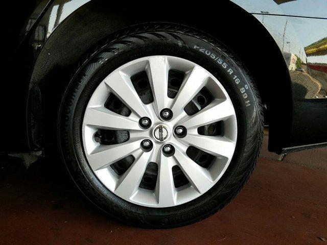 2017 Nissan Sentra S CVT - Image 3