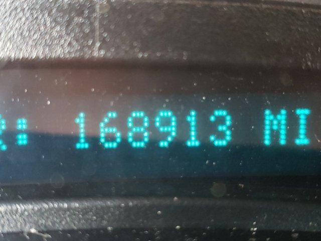2005 Chevrolet Avalanche 1500 5dr Crew Cab 130 WB LS - Image 15