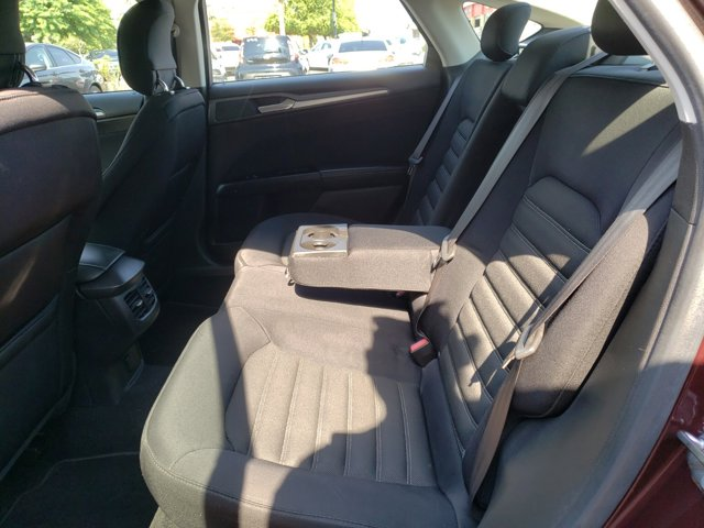 2013 Ford Fusion 4dr Sdn SE FWD - Image 13