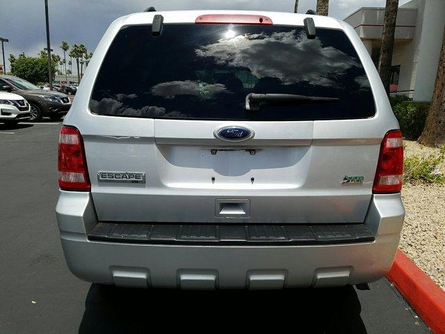 2011 Ford Escape FWD 4dr XLT - Image 9