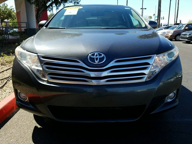2010 Toyota Venza 4dr Wgn I4 FWD - Image 2