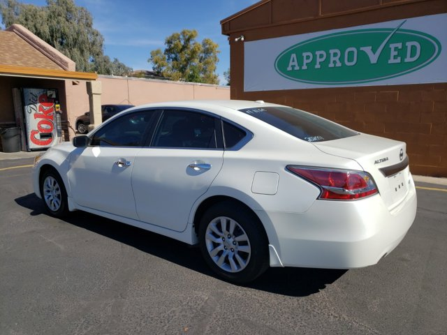 2014 Nissan Altima 4dr Sdn I4 2.5 S - Image 7