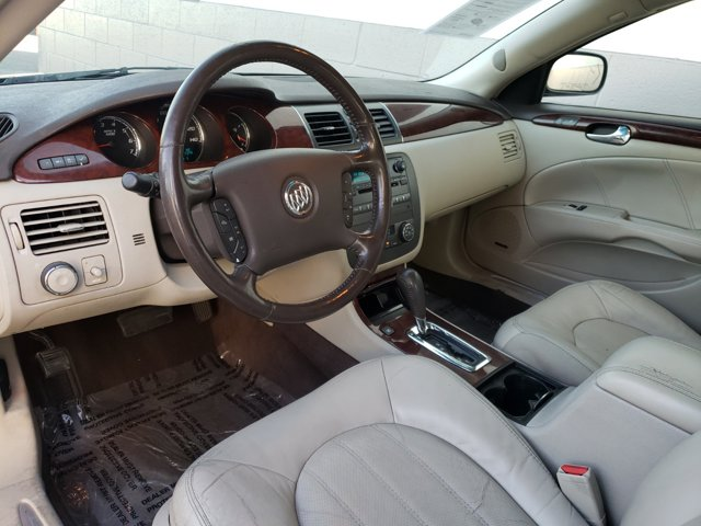 2009 Buick Lucerne 4dr Sdn CXL Special Edition - Image 4
