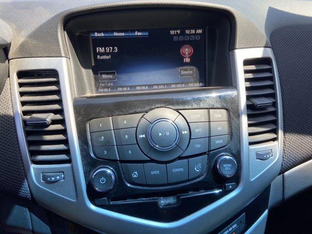 2016 Chevrolet Cruze Limited 4dr Sdn Auto LT w/1LT - Image 19
