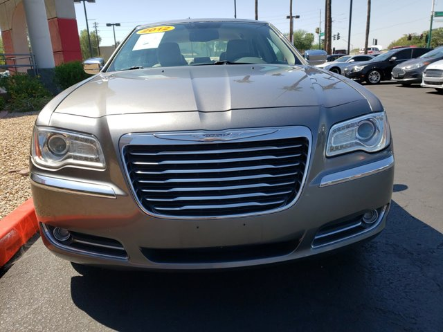2011 Chrysler 300 4dr Sdn Limited RWD - Image 2