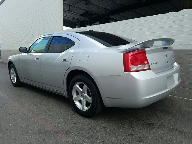 2010 Dodge Charger 4dr Sdn SXT RWD - Image 7