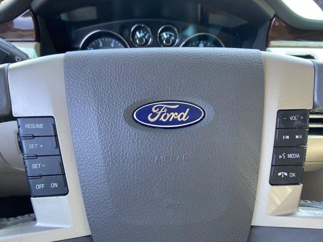 2011 Ford Flex 4dr SEL AWD - Image 18