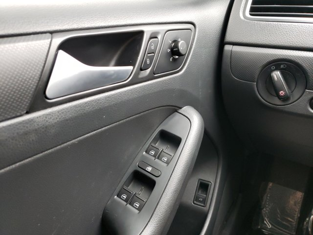 2014 Volkswagen Jetta Sedan 4dr Auto S - Image 15