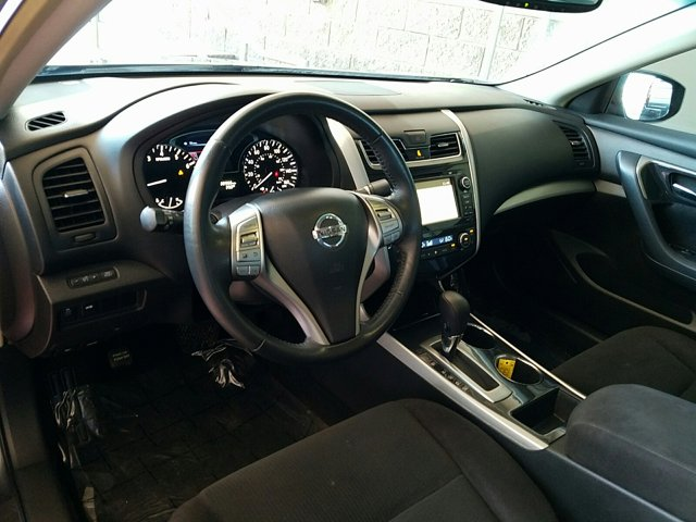 2013 Nissan Altima 4dr Sdn I4 2.5 SV - Image 4