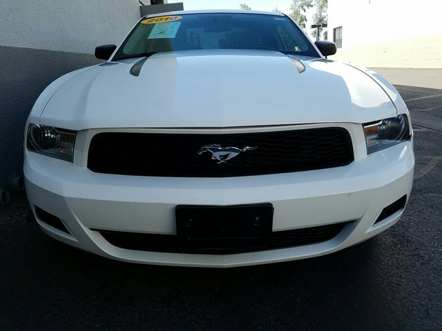 2010 Ford Mustang 2 DOOR COUPE - Image 2