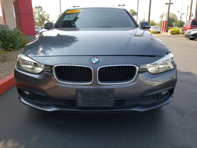 2016 BMW 3 Series 4dr Sdn 320i RWD South Africa - Image 2