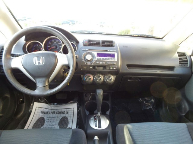 2008 Honda Fit 5dr HB Auto - Image 6