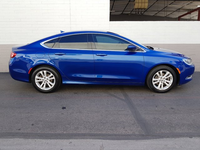 2016 Chrysler 200 4dr Sdn Limited FWD - Image 14