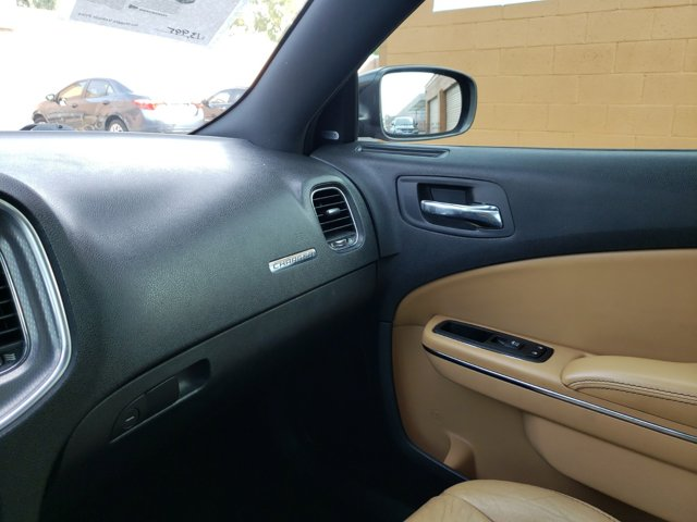 2012 Dodge Charger 4dr Sdn SXT Plus RWD - Image 12