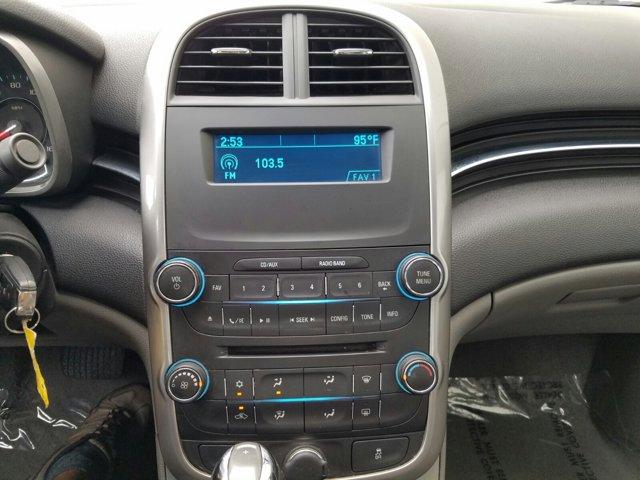 2015 Chevrolet Malibu 4dr Sdn LS w/1FL - Image 8
