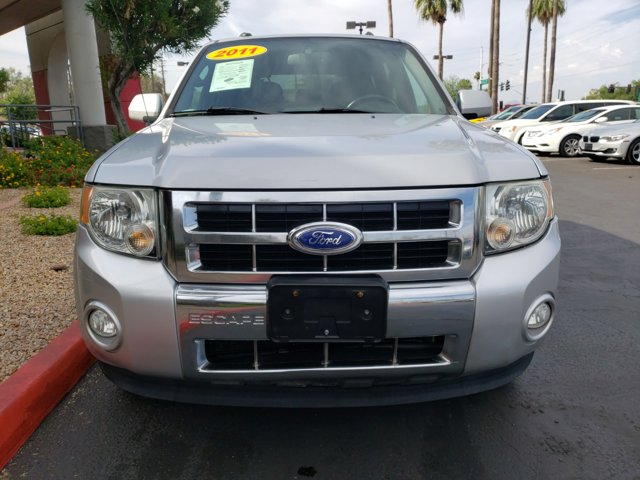 2011 Ford Escape FWD 4dr Limited - Image 2
