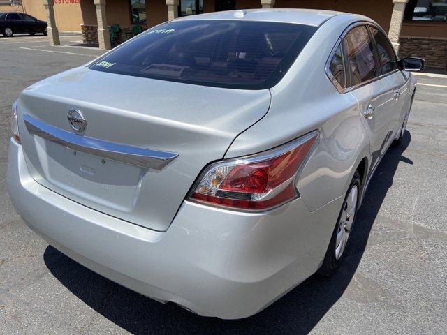 2015 Nissan Altima 4dr Sdn I4 2.5 S - Image 12
