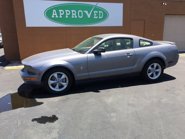 2007 Ford Mustang 2 DOOR COUPE - Image 2