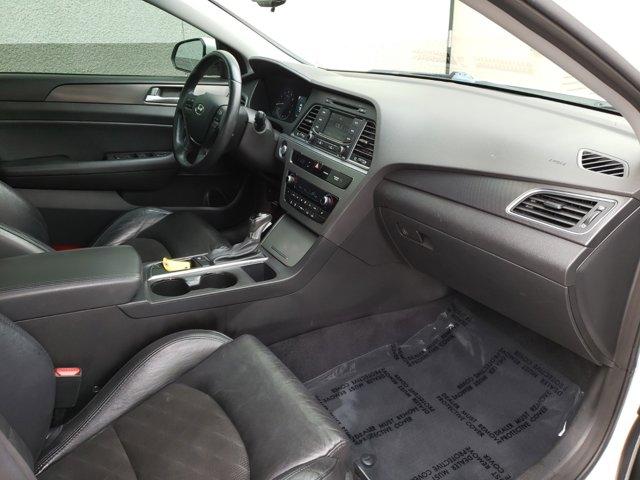 2015 Hyundai Sonata 4dr Sdn 2.4L Sport PZEV - Image 13