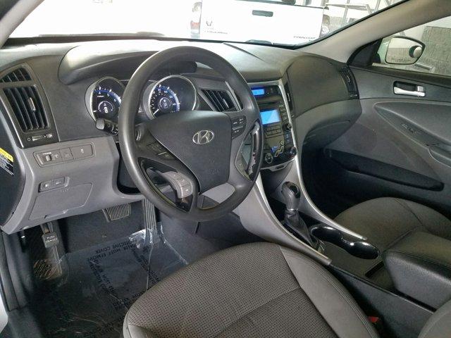 2013 Hyundai Sonata 4dr Sdn 2.4L Auto GLS - Image 3