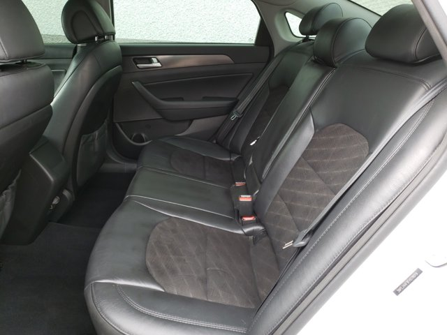 2015 Hyundai Sonata 4dr Sdn 2.4L Sport PZEV - Image 5