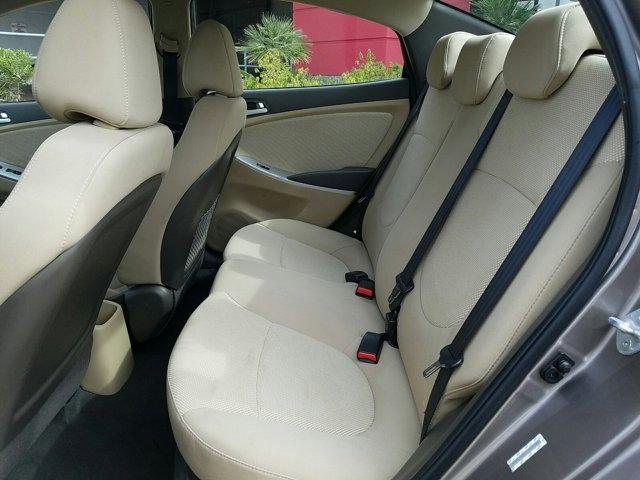 2014 Hyundai Accent 4dr Sdn Auto GLS - Image 5