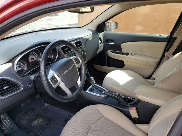 2012 Chrysler 200 4dr Sdn Touring - Image 9