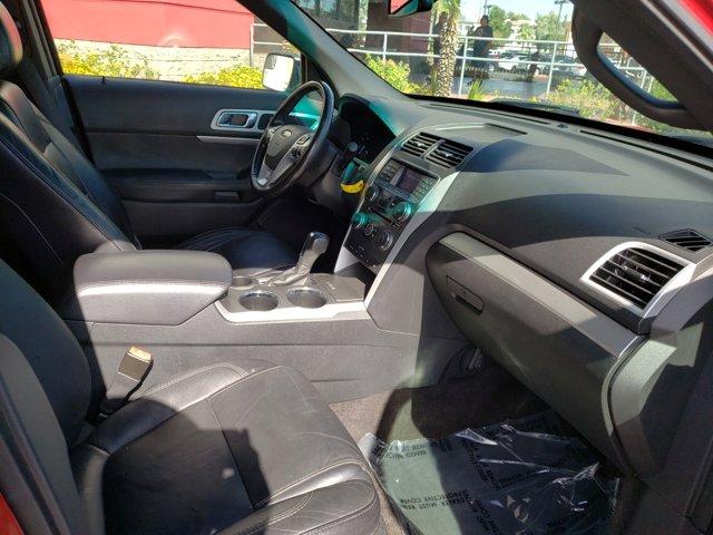 2012 Ford Explorer FWD 4dr XLT - Image 13