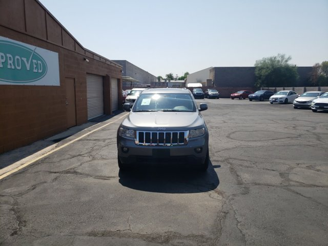 2012 Jeep Grand Cherokee 4WD 4dr Laredo - Image 4