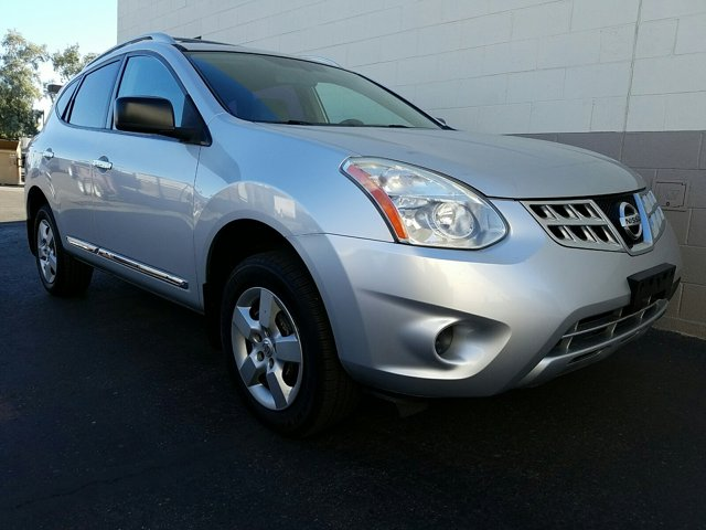 2013 Nissan Rogue FWD 4dr S - Image 16