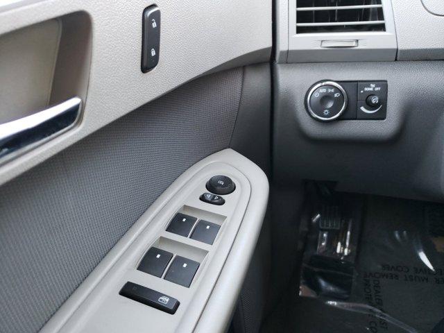 2011 Chevrolet Traverse FWD 4dr LS - Image 20