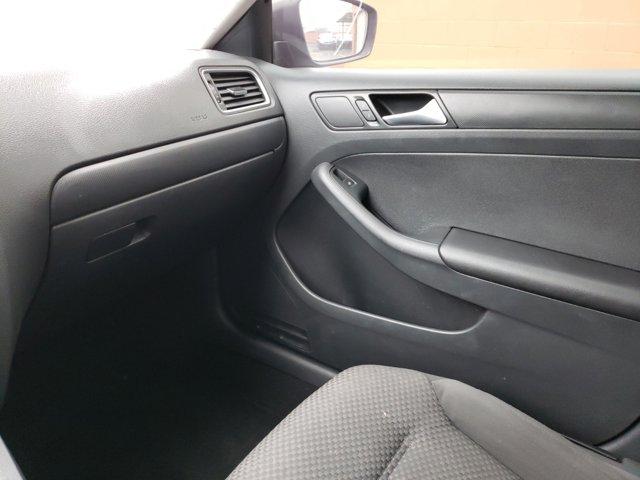 2014 Volkswagen Jetta Sedan 4dr Auto S - Image 11