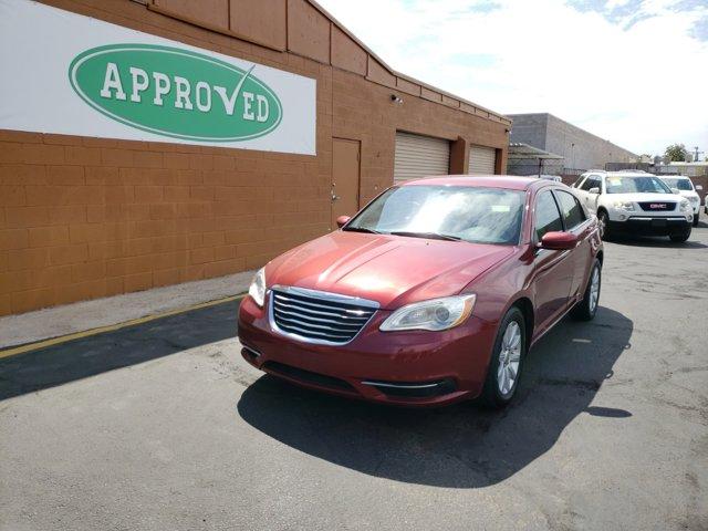 2012 Chrysler 200 4dr Sdn Touring - Image 3