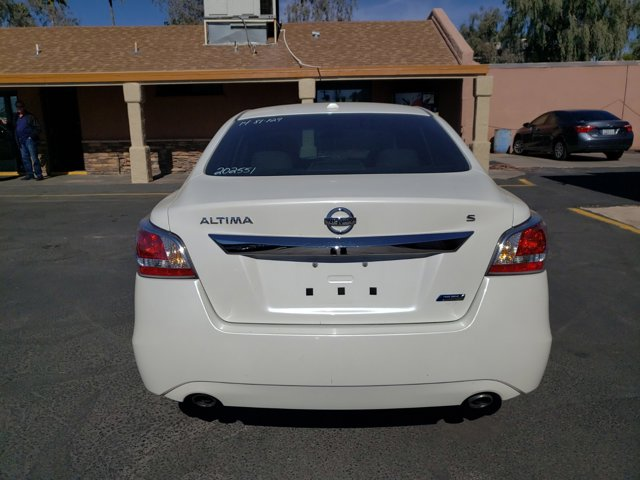 2014 Nissan Altima 4dr Sdn I4 2.5 S - Image 6
