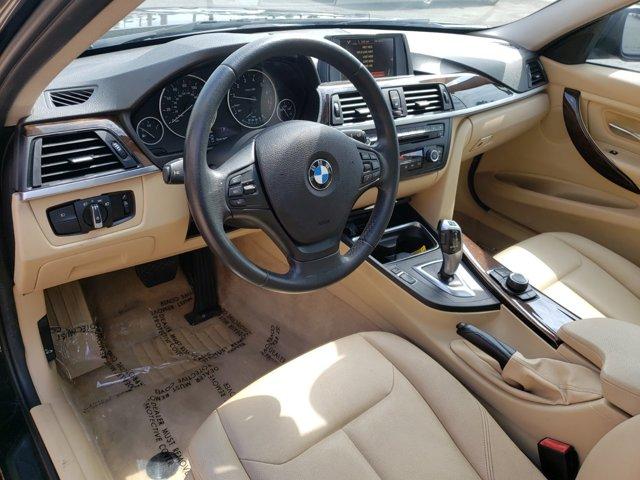2015 BMW 3 Series 4dr Sdn 320i RWD - Image 15