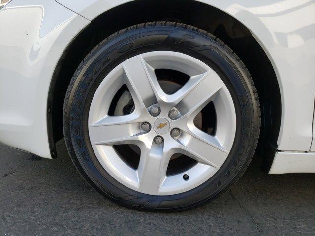 2012 Chevrolet Malibu 4dr Sdn LS w/1FL - Image 3