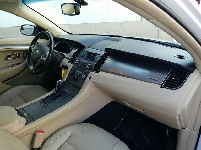 2013 Ford Taurus 4dr Sdn SEL FWD - Image 13