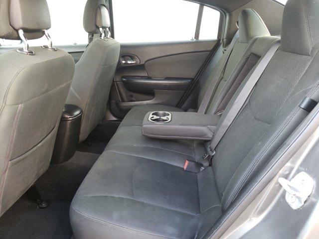 2012 Chrysler 200 4dr Sdn Touring - Image 5
