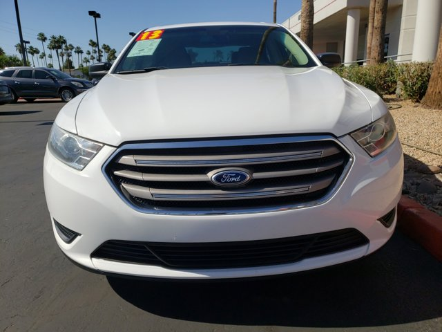 2013 Ford Taurus 4dr Sdn SE FWD - Image 2