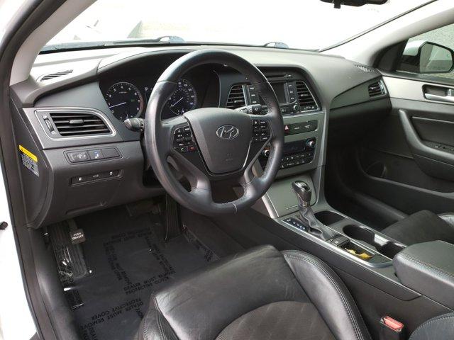 2015 Hyundai Sonata 4dr Sdn 2.4L Sport PZEV - Image 4