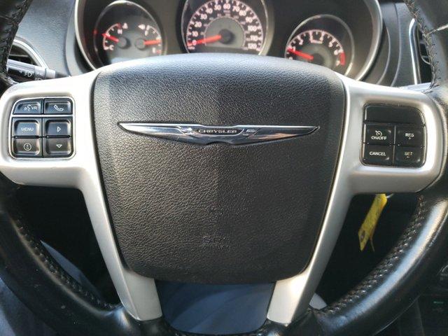 2013 Chrysler 200 4dr Sdn Touring - Image 11