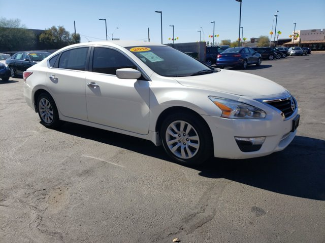 2014 Nissan Altima 4dr Sdn I4 2.5 S - Image 4