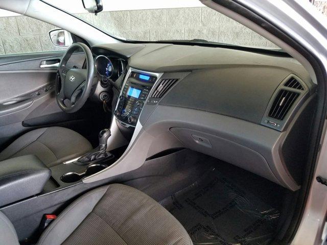 2013 Hyundai Sonata 4dr Sdn 2.4L Auto GLS - Image 12