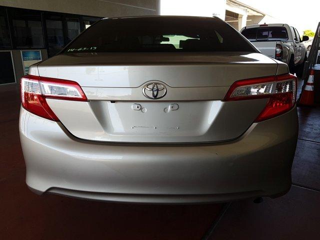 2014 Toyota Camry 4 DOOR SEDAN - Image 7
