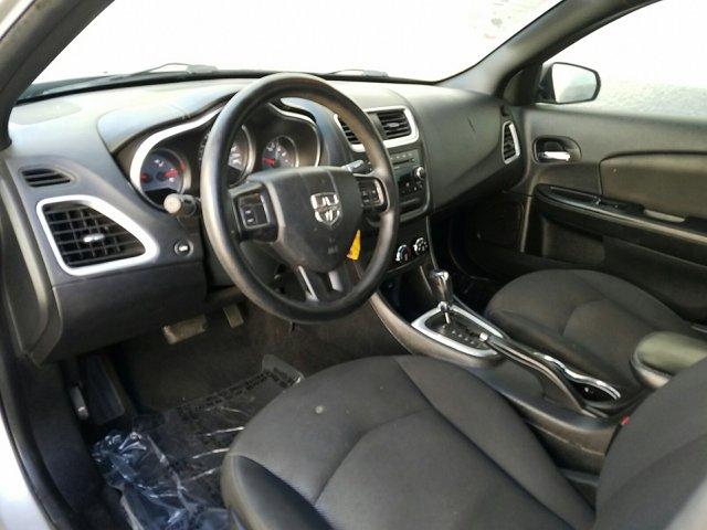 2014 Dodge Avenger 4dr Sdn SE - Image 4