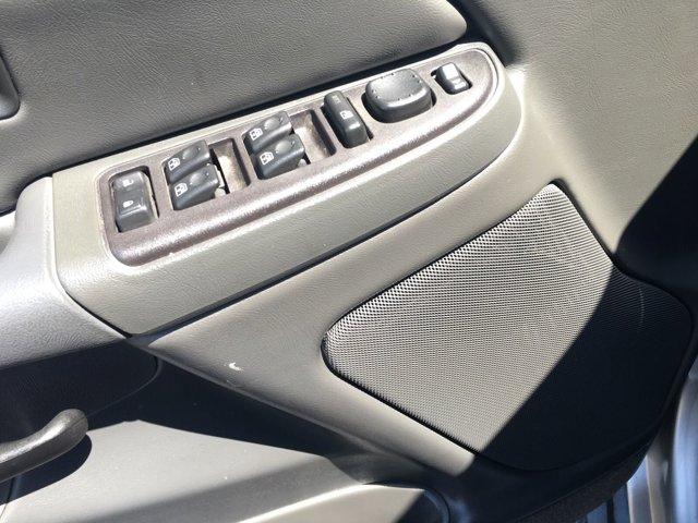 2005 Chevrolet Silverado 1500 Crew Cab 143.5 WB LS - Image 11