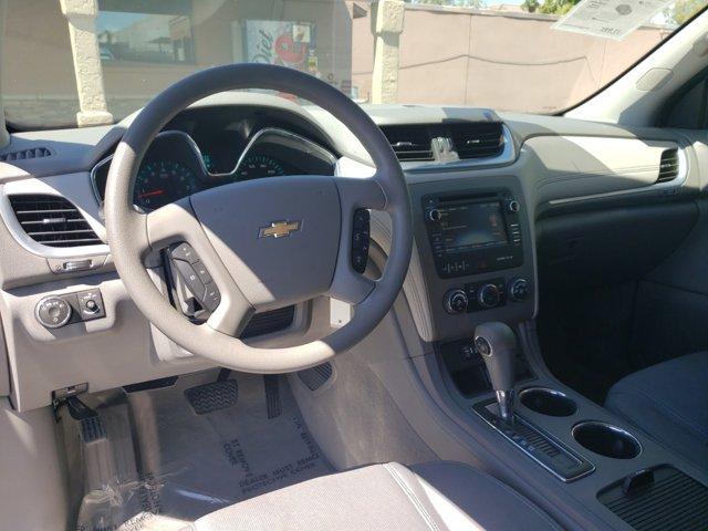 2015 Chevrolet Traverse FWD 4dr LS - Image 14